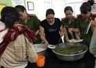 Tuổi trẻ Công an Phú Yên với Bữa cơm nghĩa tình