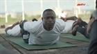 Dạy yoga cho binh sĩ quân đội Sierra Leone
