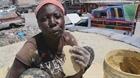 Những chiếc bánh bùn ở Haiti
