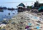 Rác thải bủa vây kè biển An Lương
