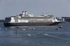 Hơn 200.000 người mắc kẹt trên các tàu biển vì dịch COVID-19