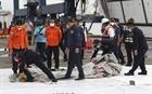 Indonesia xác định danh tính nạn nhân rơi máy bay