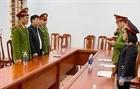 Bắt 2 lãnh đạo Ban quản lý rừng phòng hộ ở Nghệ An