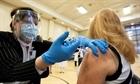 Canada bị tố nhận vaccine của các nước nghèo