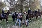 Bỉ bắt giữ 132 người phản đối lệnh phong tỏa dịch COVID-19