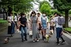 Đội tuần tra chó cưng giữ an toàn cho Tokyo