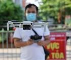 Dùng flycam giám sát người dân tại khu cách ly