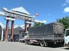 Hàng hóa tập kết bất thường tại cửa khẩu Lao Bảo