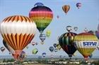 Rực rỡ lễ hội khinh khí cầu tại Pháp