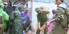 Công an tăng cường về các vùng ngập lụt hỗ trợ dân