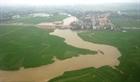 Thủ đoạn đổ trộm chất thải nguy hại xuống sông Hồng