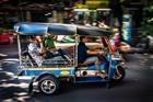 Xe Tuk Tuk - phương tiện giao thông độc đáo