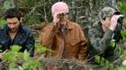 Cha con Jake trở thành con mồi của những kẻ đi săn