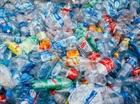 Hội phụ nữ thiết thực chống rác thải nhựa