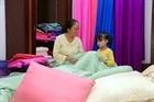 Nữ nghệ nhân tâm huyết với nghề dệt lụa truyền thống