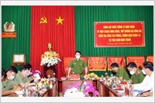 Thứ trưởng Lê Quốc Hùng kiểm tra công tác phòng, chống dịch tại trại giam Định Thành