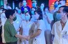Thứ trưởng Nguyễn Văn Sơn gặp mặt đoàn y, bác sĩ CAND chi viện miền Nam