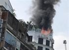Hỏa hoạn tại khách sạn ở Q.1, du khách hoảng loạn