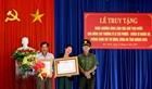Truy tặng Huân chương Dũng cảm cho Thượng sĩ Lê Chí Phước