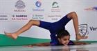 Cô bé 10 tuổi lập 2 kỷ lục thế giới
