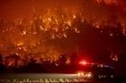 Trực thăng quân sự bị nghi gây cháy rừng ở thủ đô Australia