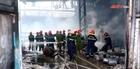 Cháy lớn tại kho hàng chứa hóa chất ở TP Vinh