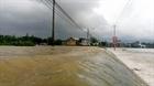 Mưa lớn gây ngập lụt nhiều nơi ở miền Trung