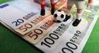 Băn khoăn dự thảo cho phép cá cược bóng đá quốc tế và đua ngựa, đua chó