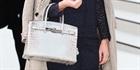Chiếc túi Hermes Birkin được bán đấu giá mức kỷ lục