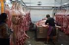 Ngăn chặn buôn lậu, kinh doanh lợn không rõ nguồn gốc