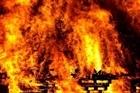 Biển lửa thiêu rụi xưởng sản xuất viên nén mùn cưa