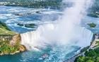 Người đàn ông sống sót khi ngã từ thác nước cao gần 60m