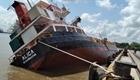 Cấm luồng để khắc phục sự cố tàu gặp nạn ở Tân cảng Hiệp Phước
