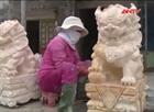 Bốn nghìn thợ đá Non Nước điêu đứng vì linh vật ngoại lai
