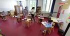 Các nước bảo đảm an toàn cho học sinh trở lại trường