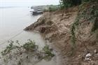 Sạt lở ven sông Đáy uy hiếp an toàn dân sinh