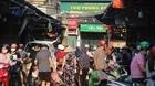 Ngày đầu Hà Nội thực hiện giãn cách: Các chợ vẫn đông người