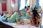 99 công nhân nhập viện sau bữa ăn trưa