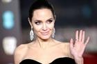 Agelina Jolie dẫn đầu danh sách phụ nữ được ngưỡng mộ nhất thế giới