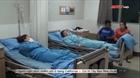 Hàng chục công nhân nhập viện sau bữa ăn