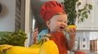 Đầu bếp 1 tuổi trở thành ngôi sao trên Instagram