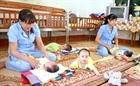 Những người mẹ tận tâm với trẻ mồ côi