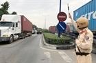 Xử lý xe tải vi phạm trên tuyến QL51