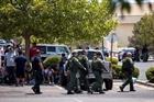 Lái xe đấu súng với cảnh sát tại Texas, 4 người thương vong