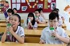 21 vi chất dinh dưỡng phải có trong sữa tươi học đường