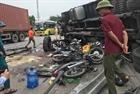 Tạm giữ tài xế xe tải bị lật đè chết 5 người
