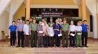 Cục Truyền thông CAND tặng quà gia đình chính sách tại Quảng Trị