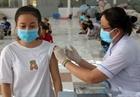 Tiêm vắc xin phòng COVID-19 cho học sinh