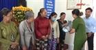 Hội Phụ nữ Công an tỉnh Cà Mau tặng quà gia đình khó khăn