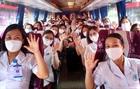 Hàng nghìn nhân viên y tế hỗ trợ Hà Nội chống dịch